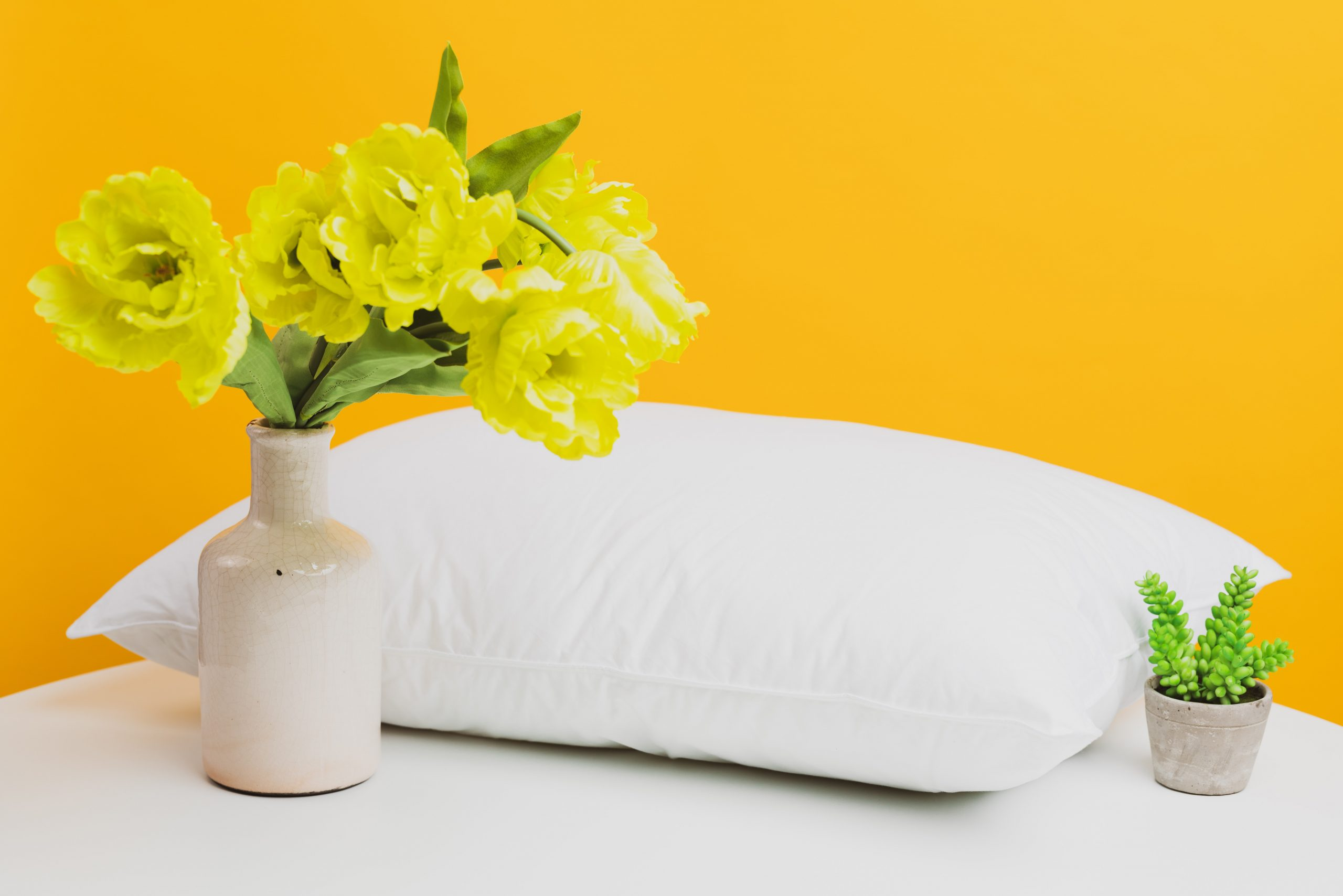 Guide to buying the right pillow for your needs