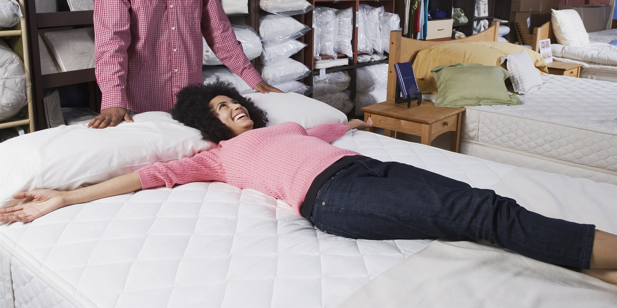 Your Guide to Buying a Bed How to Choose a Mattress-min